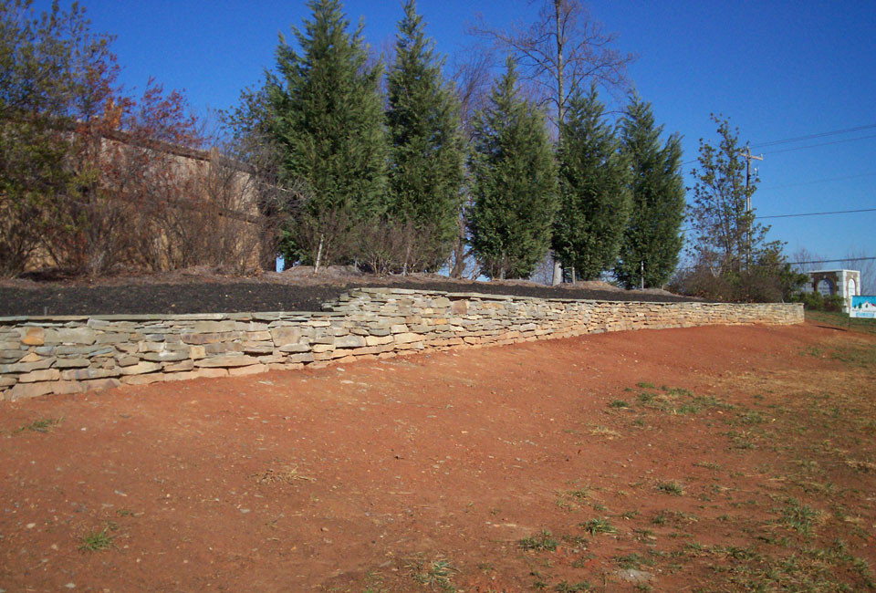 Tennessee Fieldstone blended w/ 'Colonial Gray' Thin Veneer Mortared Retaining Wall Tiered w/ Capstones